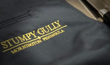 stumpy-gully-apron